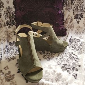 🌺 G by Guess wedge sandals 🌺